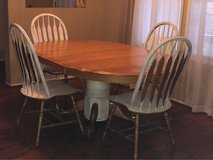 Dining Set in Baytown, Texas