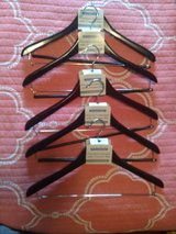 Wooden Hangers with Trouser Bar in bookoo, US