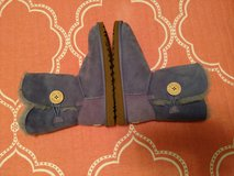 Lilac Uggs in bookoo, US