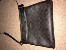 Coach Purse Like New in Beaufort, South Carolina