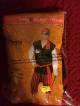 3 Pirates Costumes in Spring, Texas