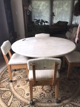 marble top round table w/4 chairs in Kingwood, Texas