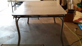 Retro Metal Table and Chairs in Tinley Park, Illinois