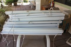 "FS... 48"" grow light lights fixtures w/bulbs. in Alamogordo, New Mexico"