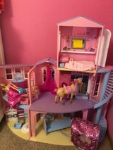 Barbie Dream House and Accessories in Naperville, Illinois