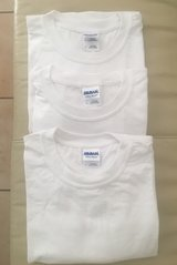 3 NEW MENS GILDAN T-SHIRTS SIZE XL in Stuttgart, GE