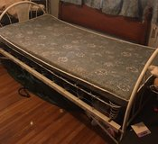 Antique Day Bed in Alamogordo, New Mexico