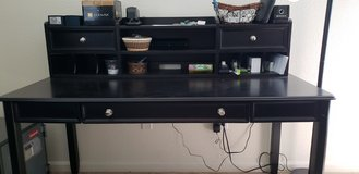 Desk with top drawers and organizer in Travis AFB, California