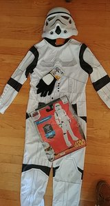 Halloween - fits child large in Glendale Heights, Illinois