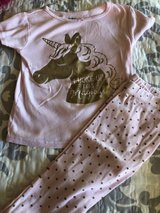 Carter's girl pajamas pink unicorn size 5 in Chicago, Illinois