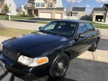 2009 Black -  Ford Crown Victoria police interceptor in Wheaton, Illinois