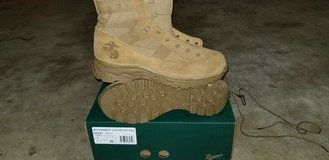 New Danner Reckoning boots Size 9R in Camp Pendleton, California