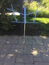 Music stand - Hamilton N3400 with case (folding) in Naperville, Illinois