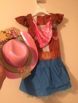 Sheriff Callie costume - size4-6x in Kingwood, Texas