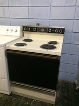 Hotpoint Electric Stove/Oven in Fort Polk, Louisiana