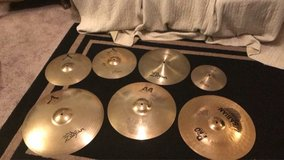 Cymbals for sale(Info in Details) in Camp Lejeune, North Carolina