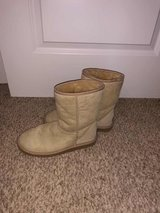 Women's Ugg Boots in Naperville, Illinois