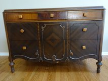 Dresser, Antique in Sugar Grove, Illinois