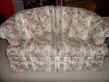 ALmost new LoveSeat Floral Theme w/ 2 pillows in Vista, California