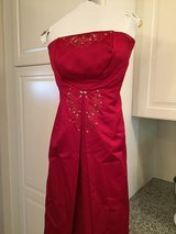 Formal ball gown/dress in Quantico, Virginia