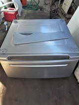 LG Drawer PEDESTAL For a WASHER Or DRYER in Oceanside, California
