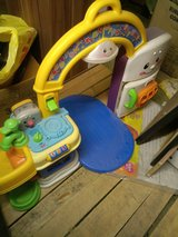 play kitchen/ baby / fisher price in bookoo, US