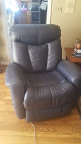 power rocker recliner in Pleasant View, Tennessee