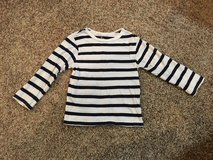 Children's Place Long Sleeve T-shirt...size 4t in Aurora, Illinois