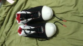 Shoes Men size 10 in Fort Campbell, Kentucky