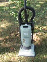 Dirt Devil Vacuum Green in Fort Leonard Wood, Missouri