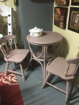 Small table 2 chairs24 inches round 32 inches tall in Spring, Texas