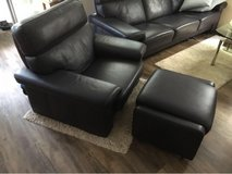 Navy Blue 3 seater plus reclining chair incl a ottoman in Wiesbaden, GE