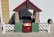 Little Tikes Home & Garden Playhouse in Colorado Springs, Colorado