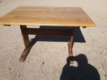 solid oak dinning table in 29 Palms, California