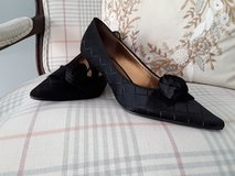 Liz Claiborne shoes size 7 1/2 - worn once in Lockport, Illinois