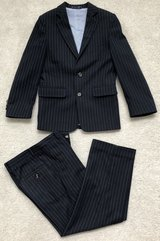 Tommy Hilfiger Boys 8 Suit in Elgin, Illinois