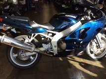 2005 KAWASAKI ZZR 600 SPORT BIKE in Fort Lewis, Washington