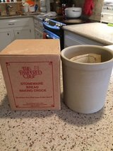 NEW-PAMPERED CHEF STONEWARE BREAD BAKING CROCK in Kingwood, Texas