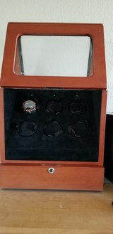 Watch winder in Fort Bliss, Texas