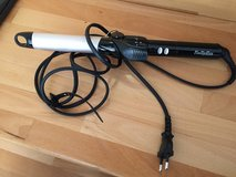 220v curling iron in Ramstein, Germany