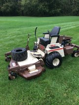"""COMMERCIAL GRASSHOPPER 721 WITH * KUBOTA WATER COOLED MOTOR * 61"""" DECK 1235 HOURS NEW TIRES AND ... in Yorkville, Illinois"""