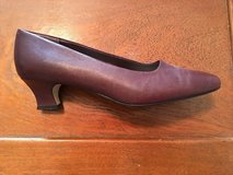 Mootsies Tootsies Size 9 M Pumps in Fort Leonard Wood, Missouri