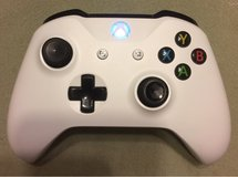 White Xbox One controller in Fairfield, California