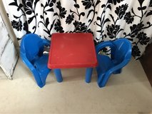kids plastic table and chairs in Okinawa, Japan