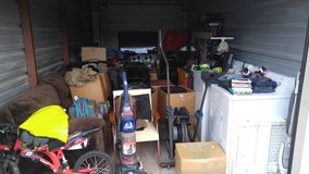 **STORAGEWAR***ENTIRE STORAGE CONTENTS LOT * in Fort Campbell, Kentucky