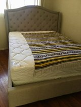 Queen sized bed set in San Ysidro, California