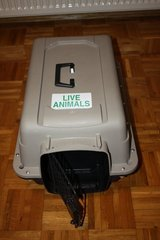 Sky Kennel Portable Pet Mate Dog/Cat  crate Carrier in Beale AFB, California