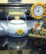 Teapot with clock in Warner Robins, Georgia