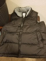 Old Navy Puff Vest Size Large in Vacaville, California