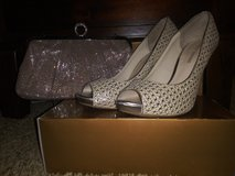 Prom shoes 9 1/2 and small purse in Alamogordo, New Mexico